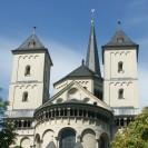 Blick auf die Chorapsis der Abteikirche Brauweiler.
